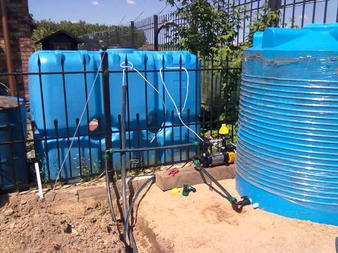 Оборудование для полива газона, системы полива.
