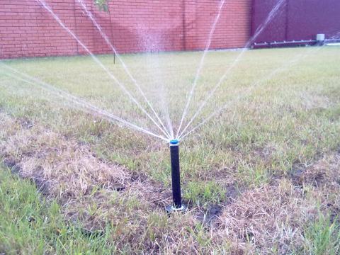 Виды дождевателей для автоматических систем полива